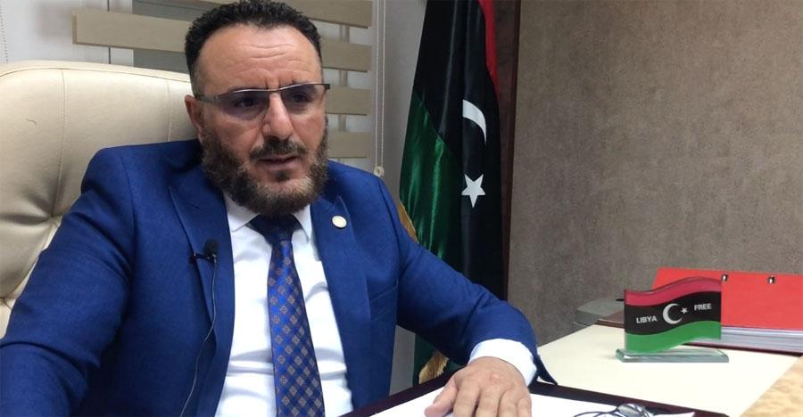 وزير الصناعة الليبي احمد علي ابو هيسة